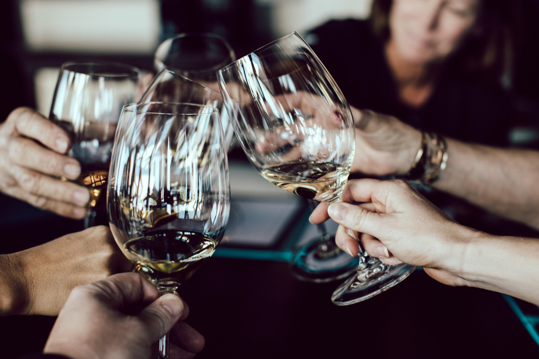 Eine Kneipentour in Gostenhof oder in ein paar Weinbars ist die perfekte Abendveranstaltung in Nürnberg.