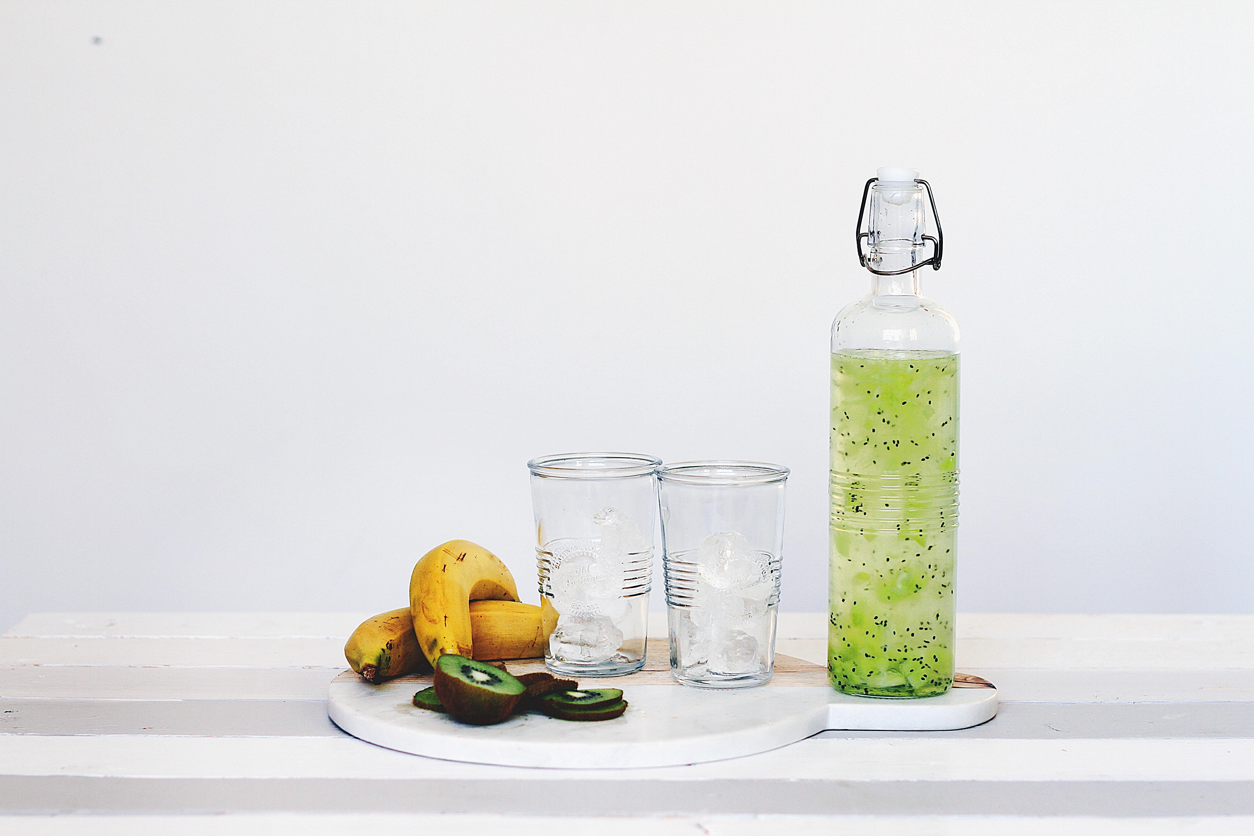 Leitungswasser trinken ist nachhaltiger als Wasser aus Plastikflaschen.