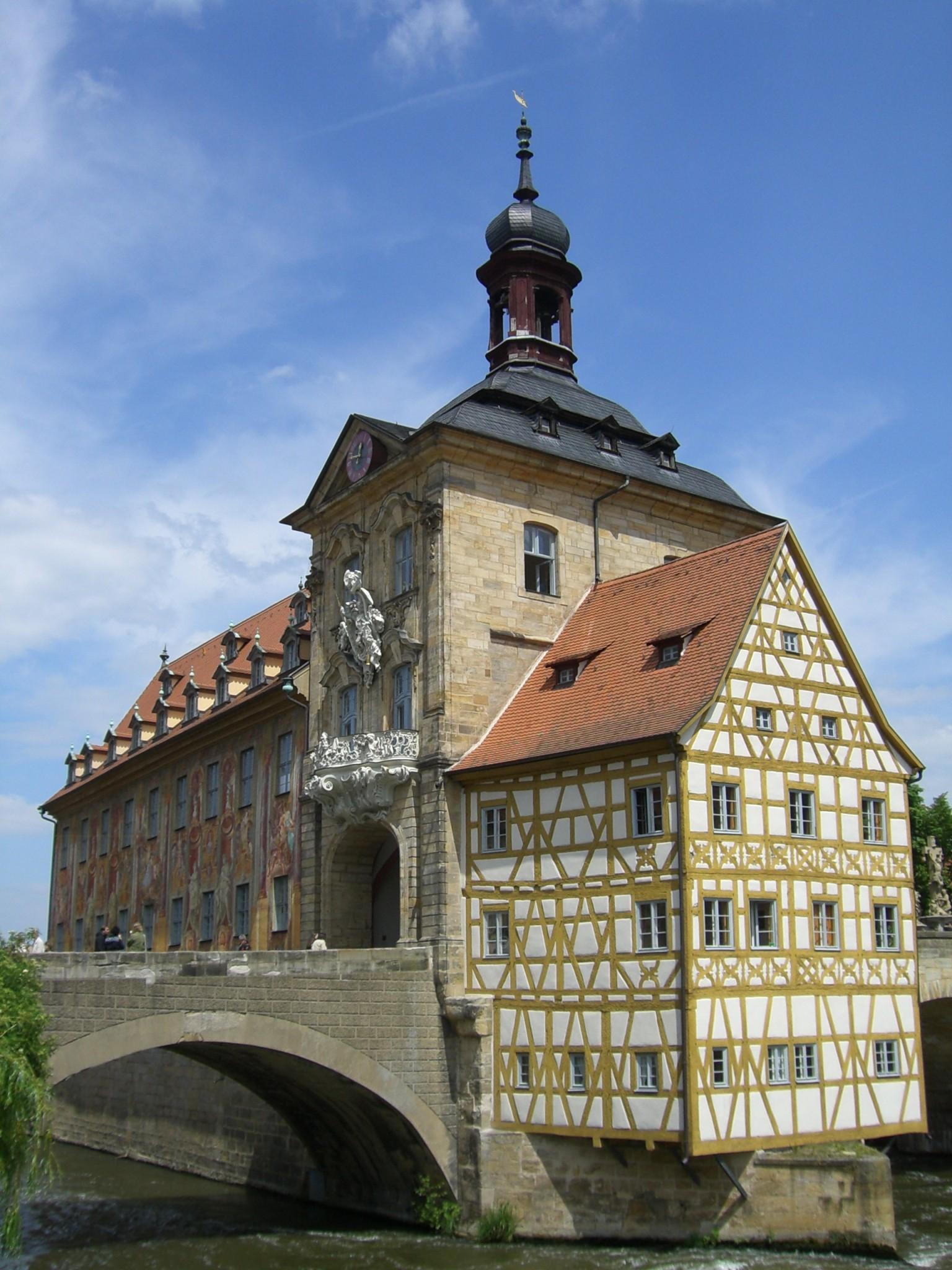 Ein Ausflug nach Bamberg ist perfekt für einen Frühlingsausflug.