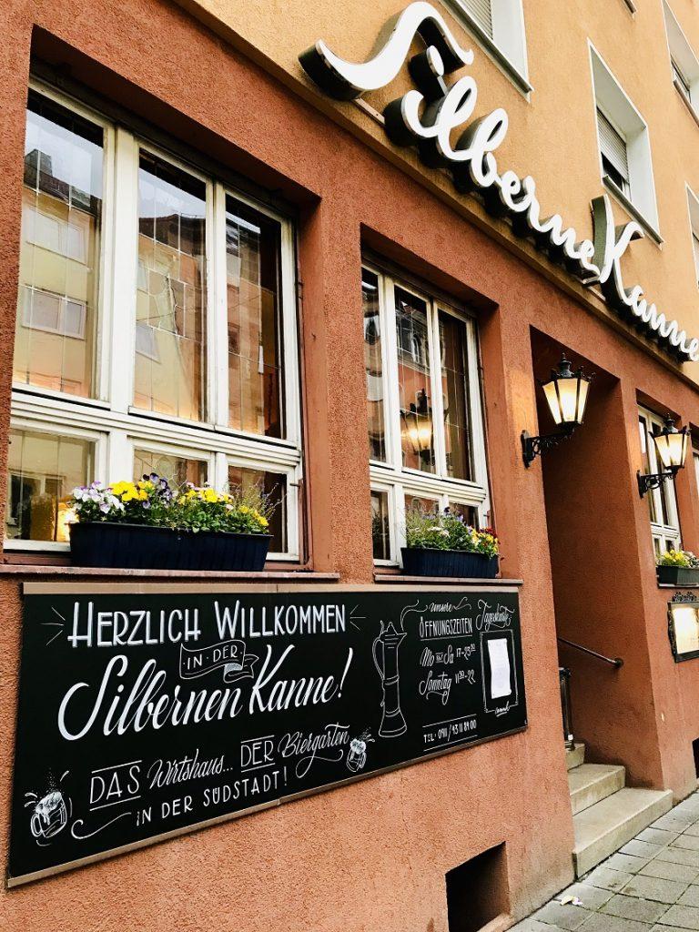 Die silberne Kanne ist ein schöner Biergarten in Nürnberg.