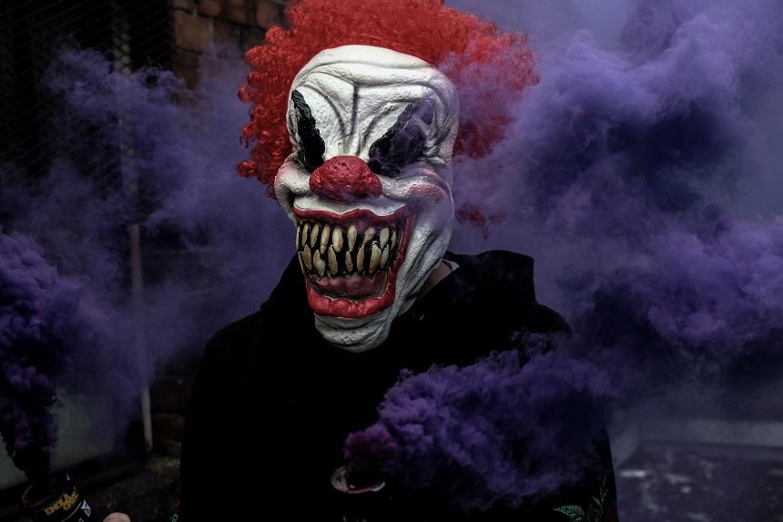 Halloween in Nürnberg verbringt ihr mit gruseligen Serien.