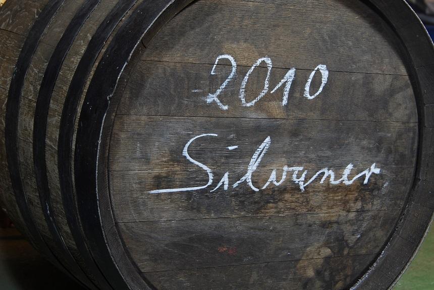 Silvaner im Fass ist besonders leckerer Wein.