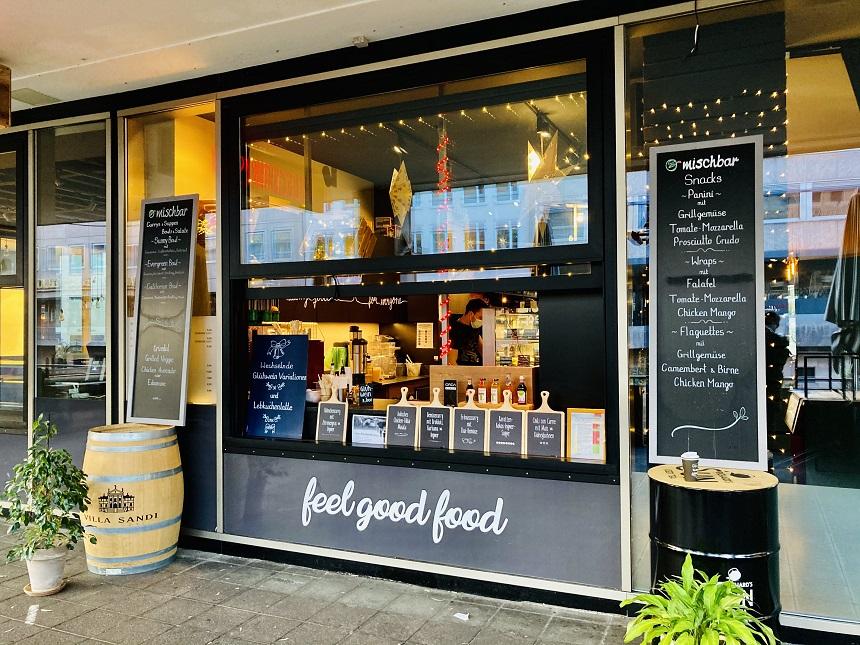 Glühwein to go am Café Leckerbissen.