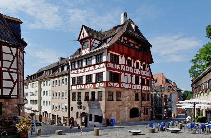 Im Albrecht Dürer Haus ist ein Museum.