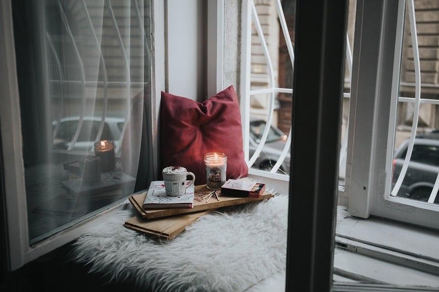 Schaffe dir eine gemütliche Atmosphere zu Hause.