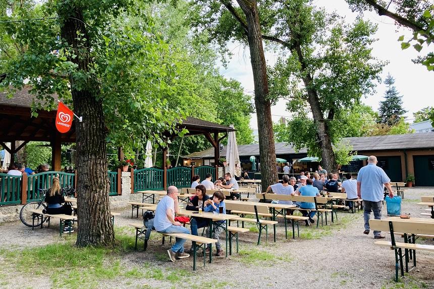 Der Hummelsteiner Biergarten im Süden von Nürnberg.
